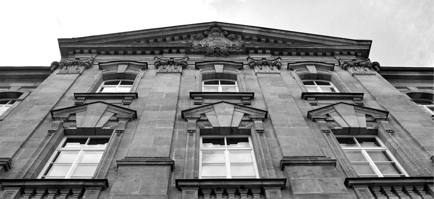 Gerichtsgebäude